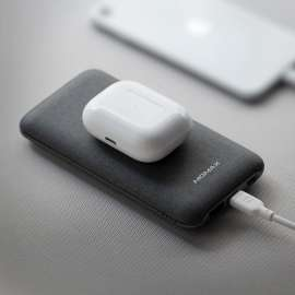 Momax Q.Power Touch Wireless Battery 10000mAh with Lightning Cable - Dark Grey
